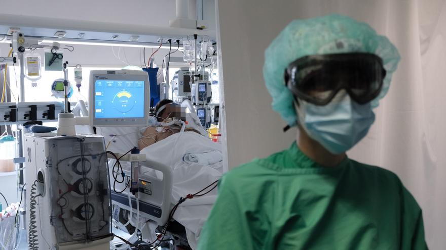 Así es la UCI del Hospital Universitario de Torrevieja que trata a los pacientes críticos de Covid