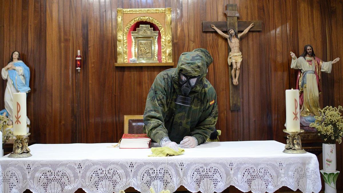 Desinfección de la residencia Nuestra Señora dos Anxos en Ribadavia a finales de octubre