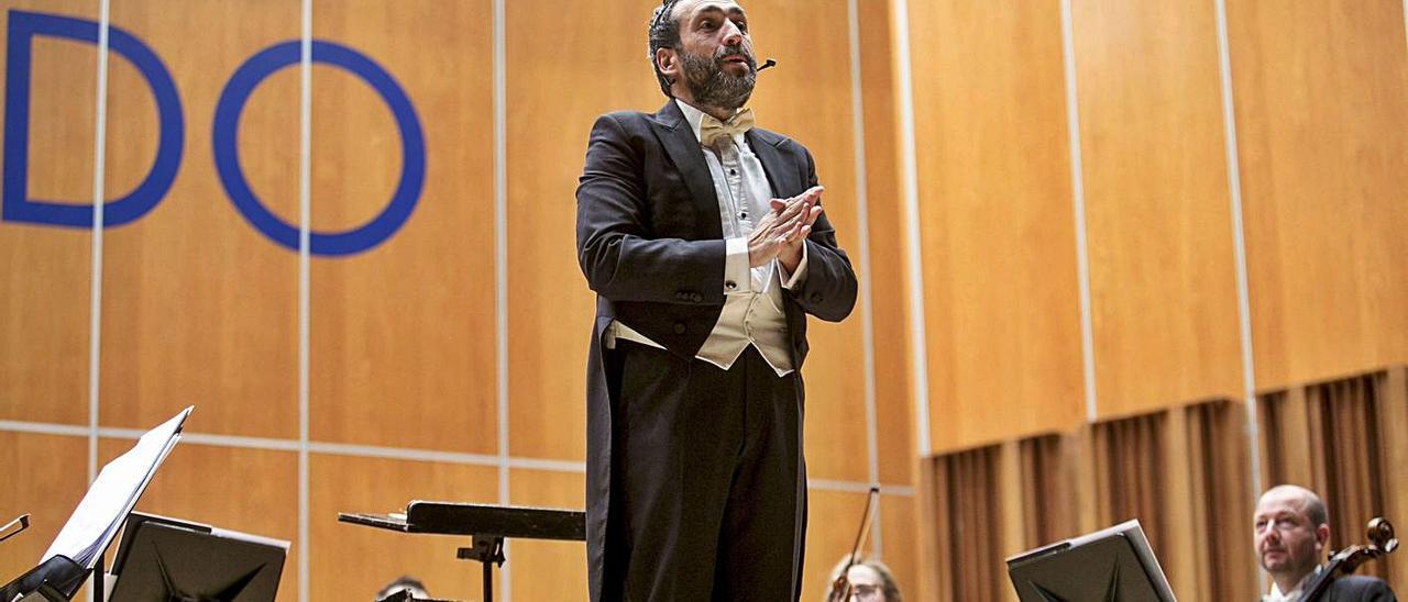 José Manuel Zapata, en un concierto con la OSPA.