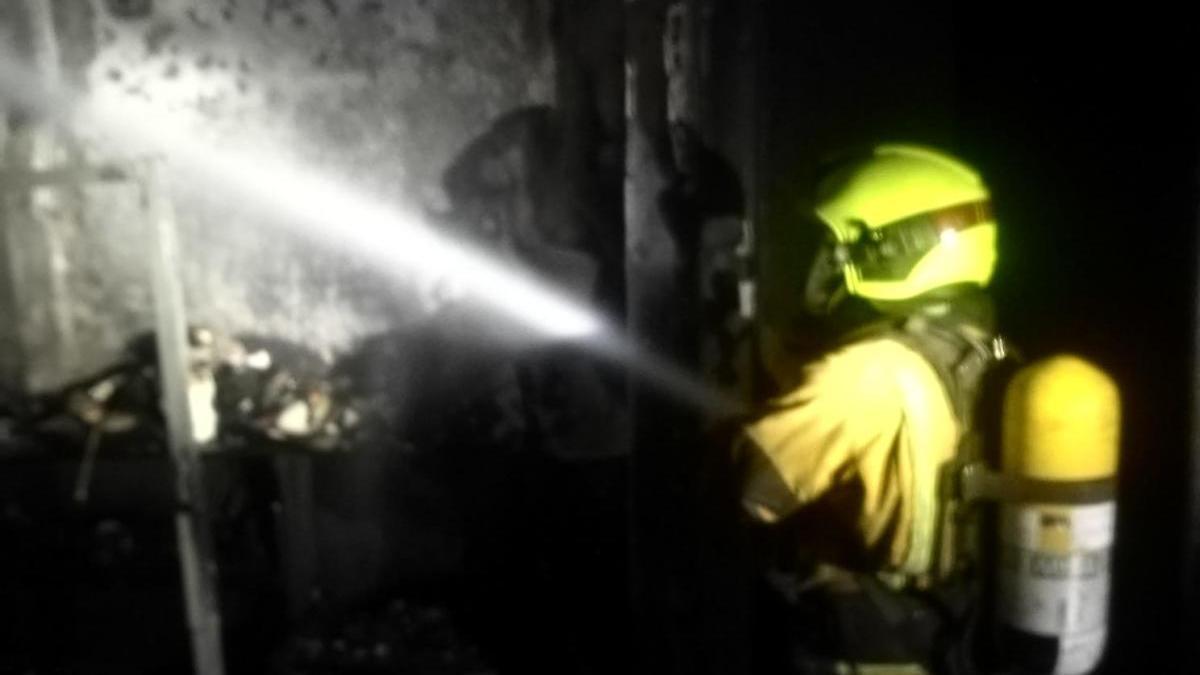 Dos ancianos, trasladados al hospital tras incendiarse su casa en Gata de Gorgos