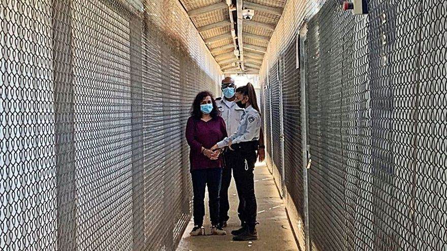 Juana Ruiz comparece sin traductor de español ante la Justicia militar israelí