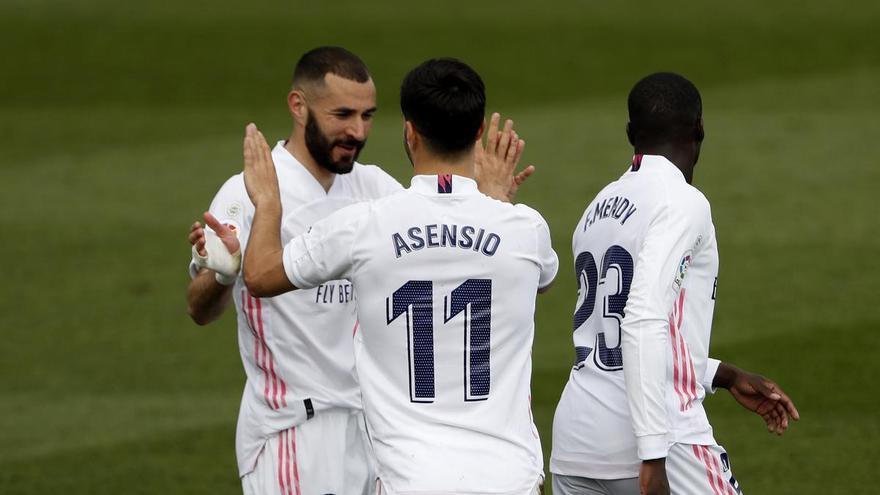 Real Madrid y Liverpool se miden en un duelo de gigantes europeos