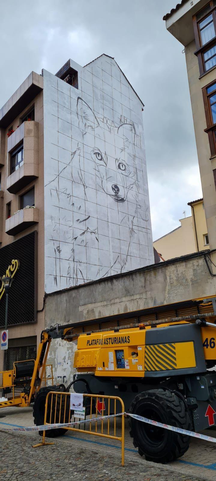 La figura de la zorra que protagonizará el nuevo mural de la Pola