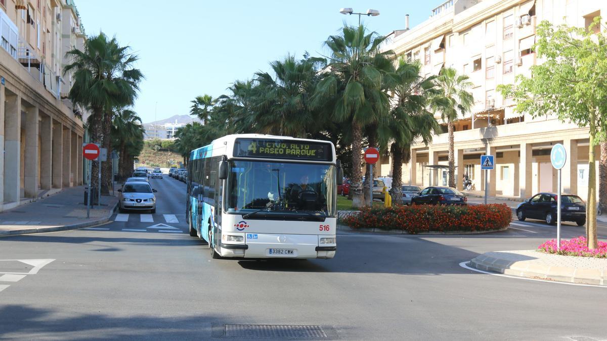 Un autobús de la EMT