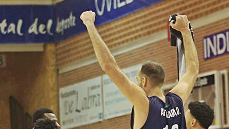 La necesidad de unas mejores instalaciones para el Oviedo Baloncesto: Qué buen equipo fuera, si hubiera pabellón