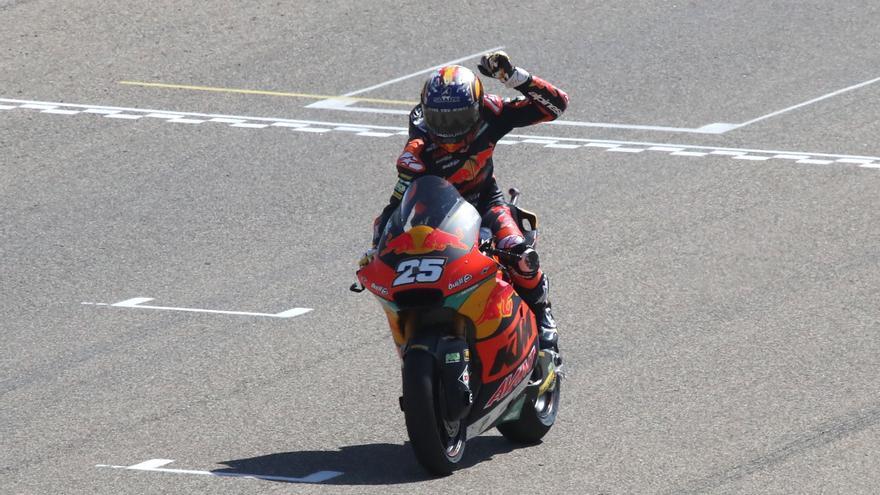 Raúl Fernández, ganador de Moto2 2021 en el circuito de Motorland