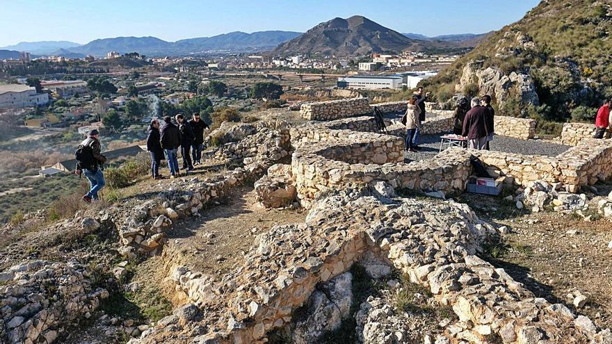 Elda busca fondos para un centro de visitas y retomar las excavaciones en El Monastil