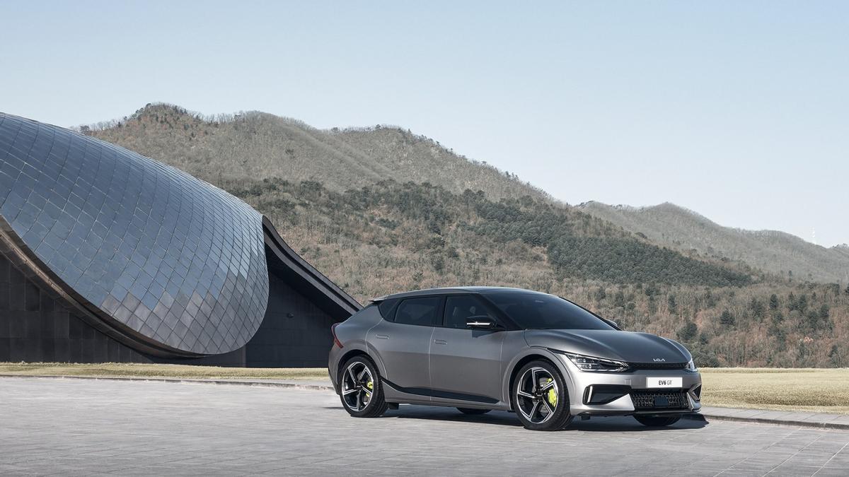 Kia EV6, la marca entra en la era eléctrica