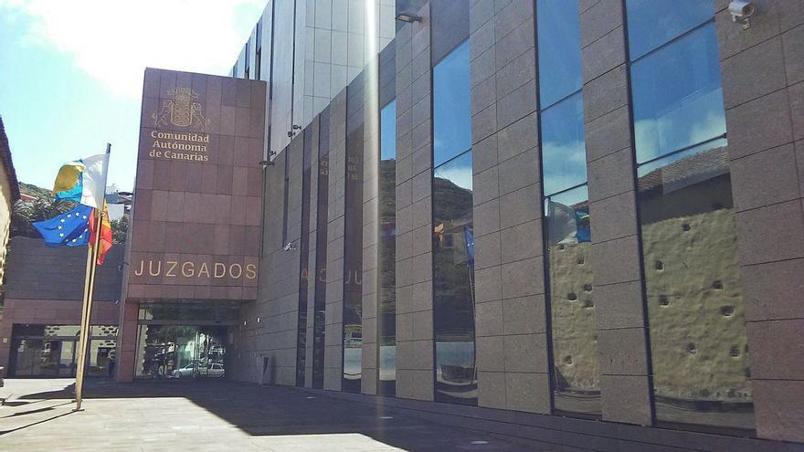 Un juzgado cancela la deuda de una tinerfeña con dos bancos por la Ley de Segunda Oportunidad
