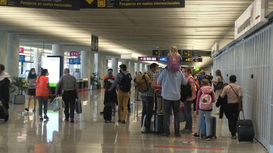 Flughafen Palma lockert Kontrollen bei großem Andrang