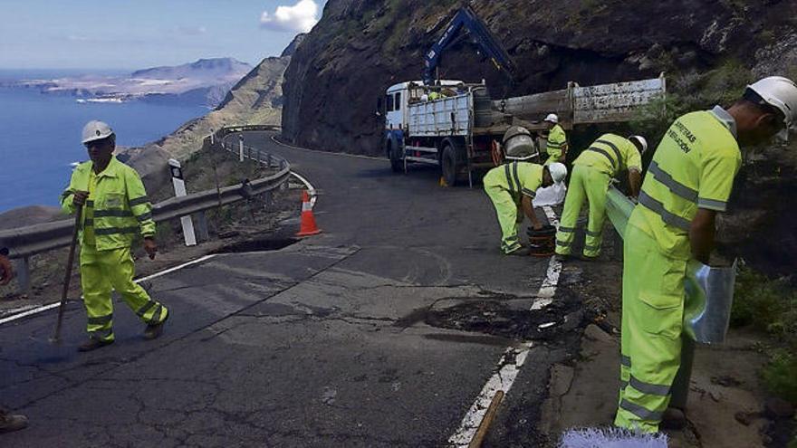 Pérez Moreno acapara el 75% del dinero del Cabildo para mantener carreteras