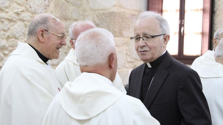 Una misa recordará al obispo de Zamora en el primer aniversario de su muerte