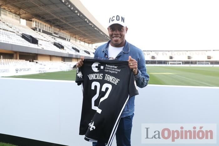 Presentación de Vinicius Tanque en el FC Cartagena