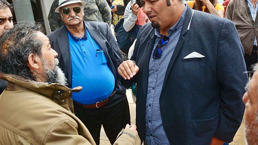 """Los """"morones piden volver al mercadillo de Cangas porque no hay riesgo de conflicto con los """"zamoranos"""""""