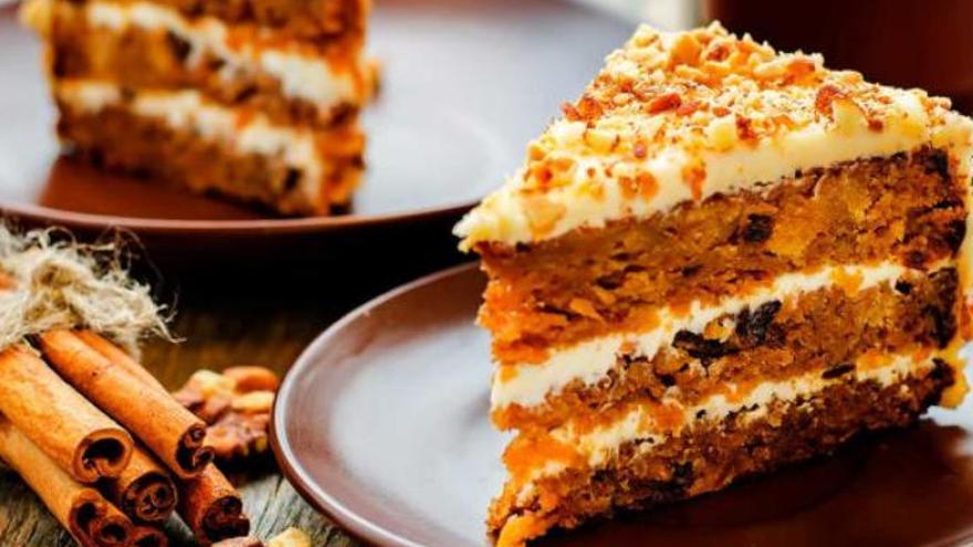 Así de rápido (en tres minutos) puedes preparar esta deliciosa tarta de zanahoria