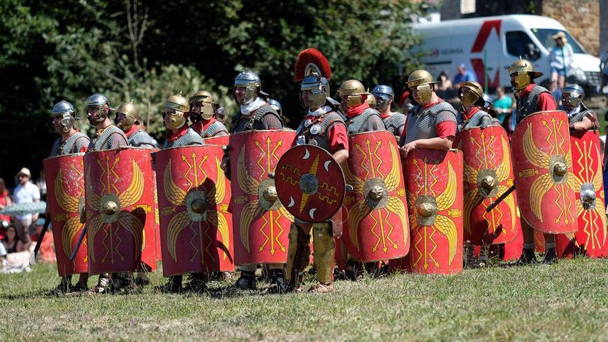 Más descubrimientos en La Carisa: Hallan un escudo romano, el primero de las guerras astur-cántabras