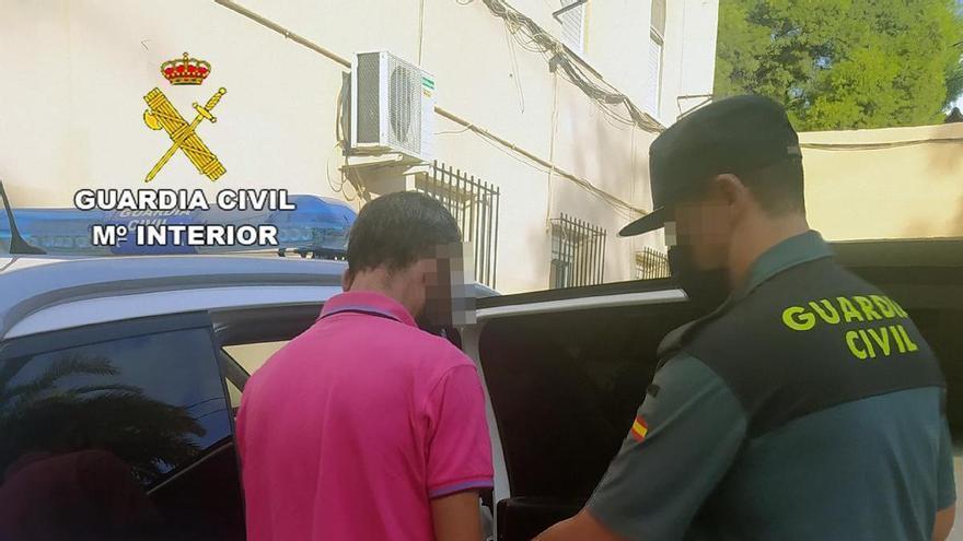 Detenido por robar en una decena de vehículos en Archena y Villanueva