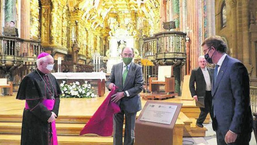 Iberdrola estrena la nueva iluminación interior de la catedral de Santiago