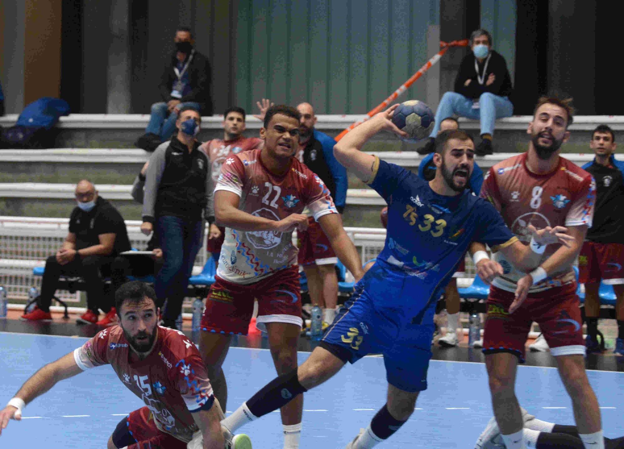 Dura derrota del Teucro ante el Alicante