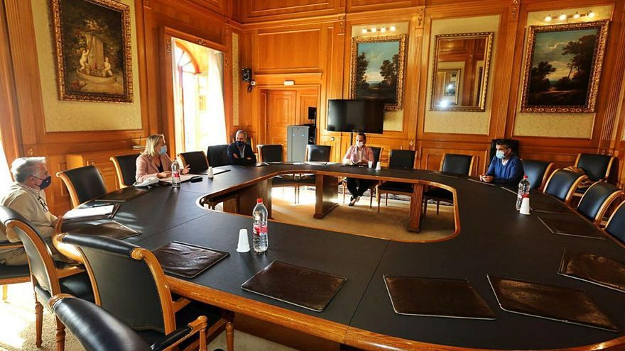 El diálogo entre partidos marca el inicio de la tramitación del PGOU