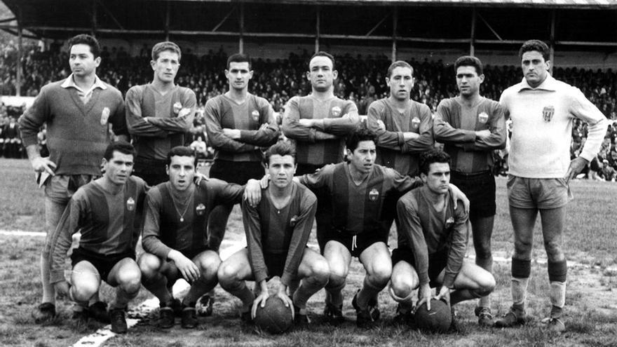 Fallece en Avilés José Albert, mítico jugador del Eldense
