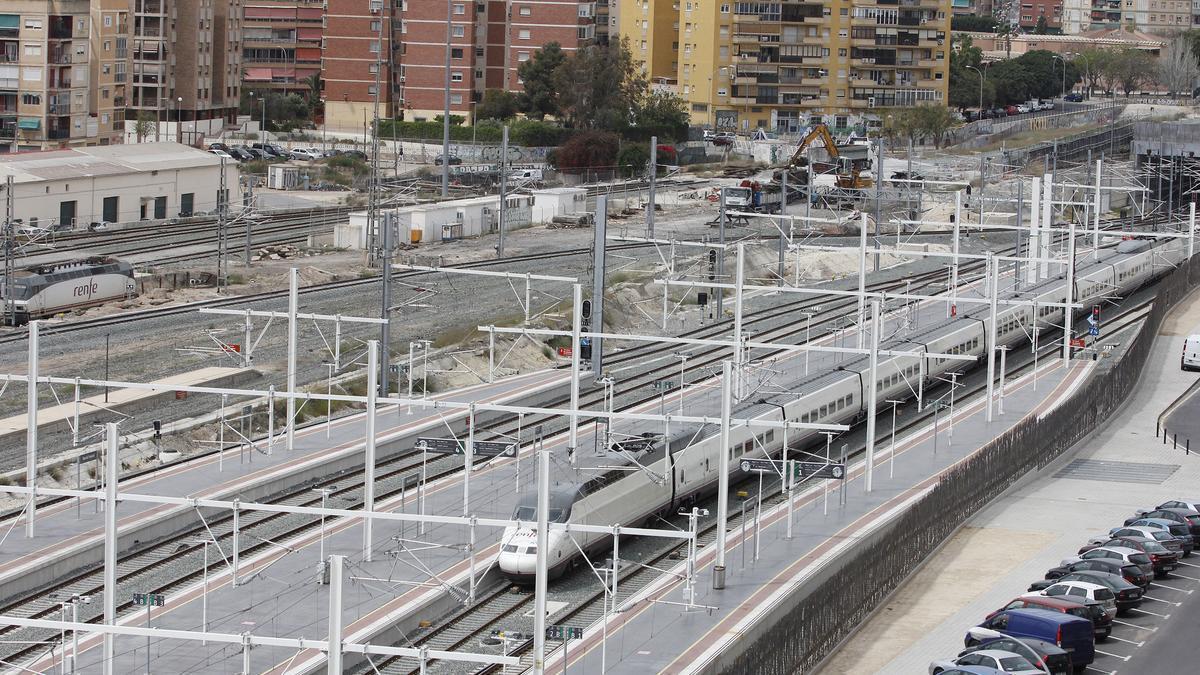 Imagen de archivo de la estación-térrnino de Alicante