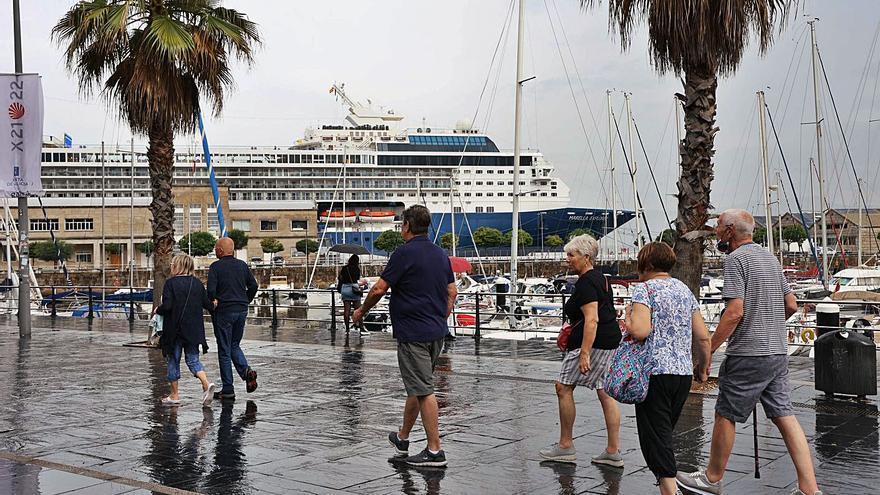 """El """"Marella Explorer"""" estrena la nueva normalidad de los cruceros en Vigo"""