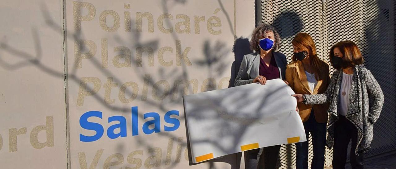 Por la izquierda, la rectora, Beatriz Miguel; la concejala delegada de Ciudad Sostenible y Proyectos Europeos de Cartagena, Cristina Mora, y la vicerrectora de Investigación, Catalina Egea, ayer, durante el acto.      U. P. C.