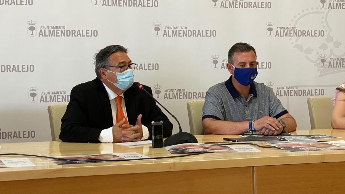 El alcalde Ramírez y Ángel Barrera