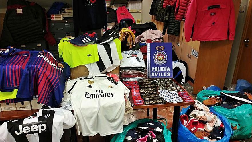Multa de 5.300 euros y seis meses de cárcel por vender artículos falsificados