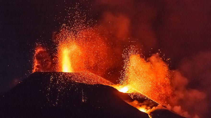 Los autónomos afectados por el volcán de La Palma tendrán ayudas extraordinarias hasta febrero
