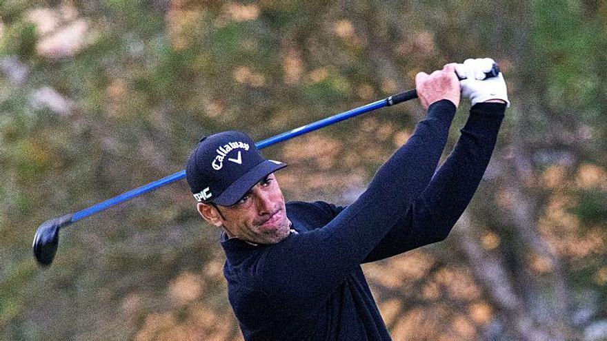 El sudafricano Bryce Easton es el nuevo líder del Mallorca Golf Open