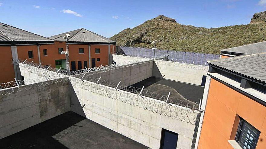 Canarias prorroga los contratos de vigilancia en los centros de internamiento de Valle Tabares y La Montañeta