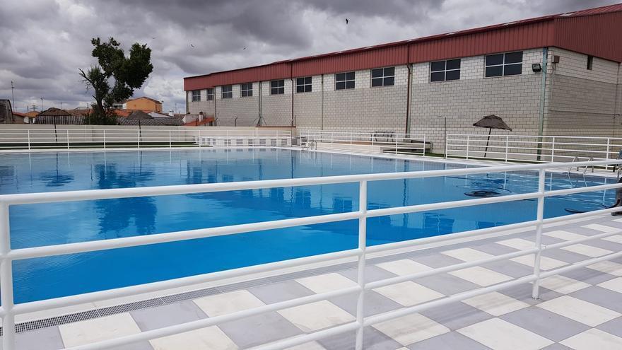 Inauguran las reformas de la piscina de Huertas de Ánimas