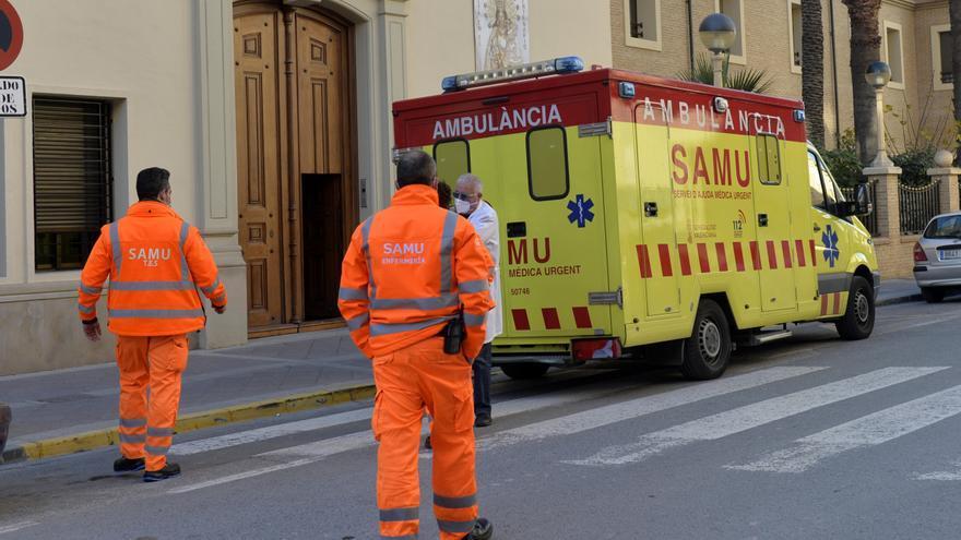 Hospitalizan a un trabajador en Elda tras sufrir un accidente laboral
