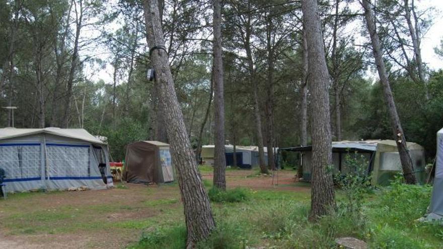 Den illegalen Campern von Lloret geht es an den Kragen