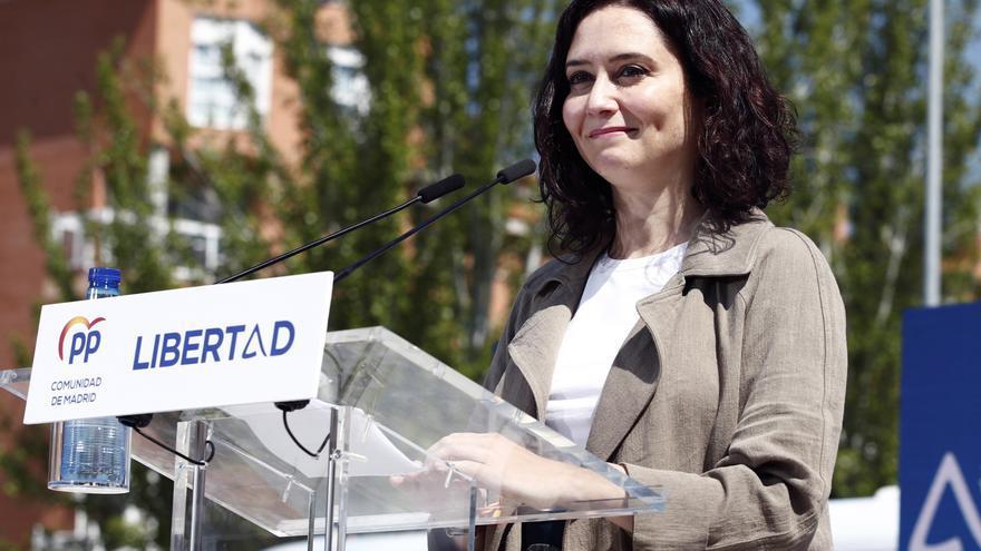 Ayuso asegura que mantendrá el toque de queda en Madrid hasta que se controle el virus