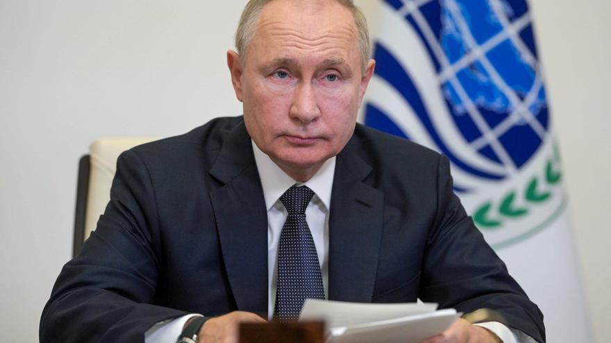 Putin, confinado después de que decenas de sus colaboradores hayan dado positivo