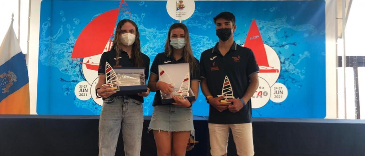 Los alicantinos Claudia Adan y Joan Ravie, podio en la Copa de España de ILCA 4