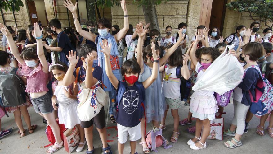 Un aplauso para los colegios en el curso del covid