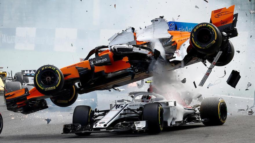 Vettel guanya a Spa en superar Hamilton en una sortida convulsa