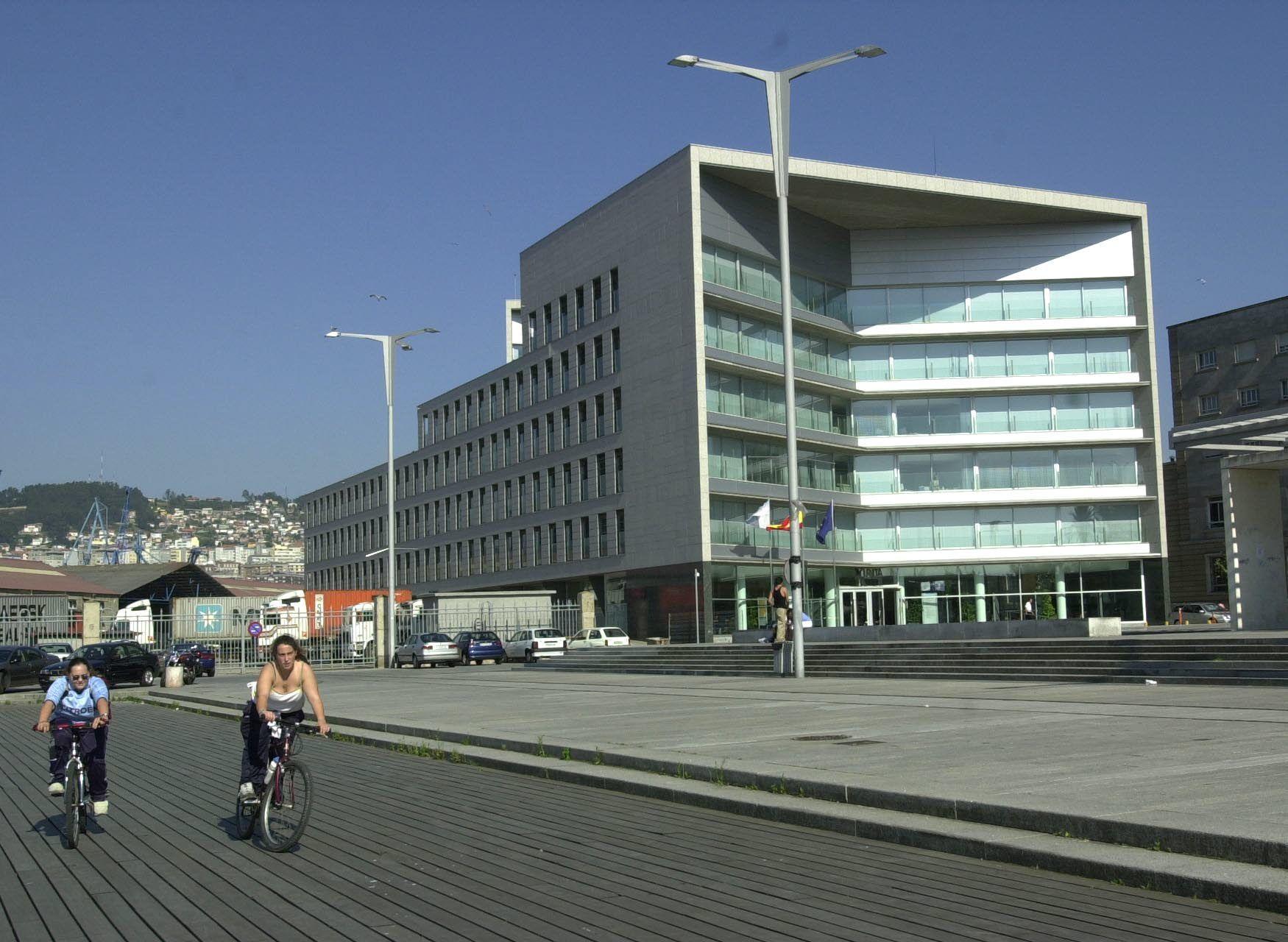 Los arquitectos que cambiaron Vigo: Bonell-Gill, Francisco Javier Sáenz de Oiza , Luis Vidal, Thom Mayne y Pedro de la Puente.