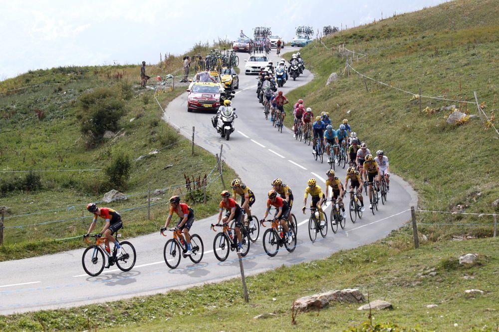 Decimosexta etapa del Tour de Francia ( Grenoble-Col de la Loze)