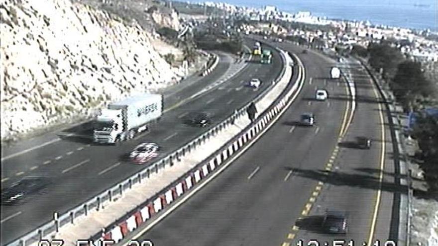 Las obras en la salida de la A-7 en Arroyo de la Miel reduce el tramo a dos carriles