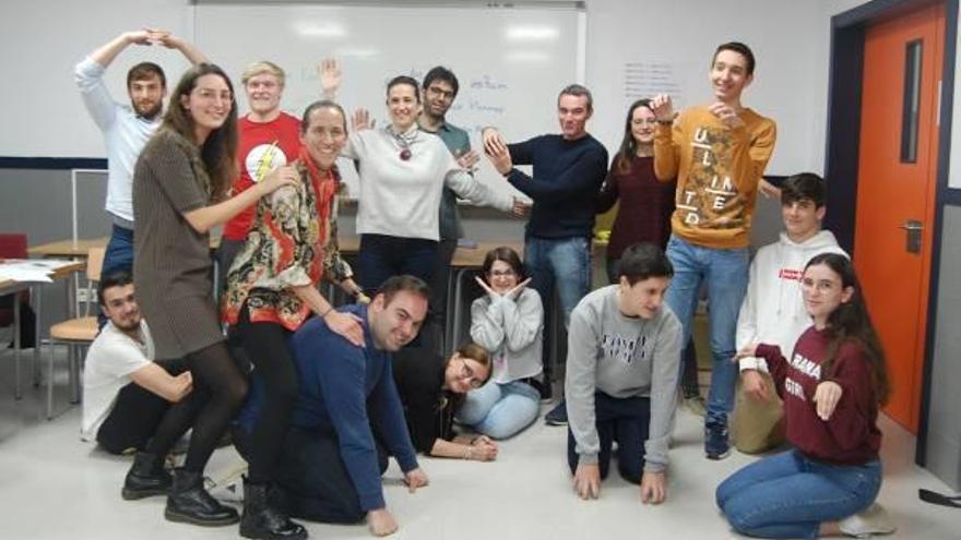 La EOI de Xàtiva conmemora el 8-M con actividades culturales