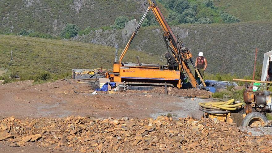 La Cámara Municipal de Braganza rechaza la mina a cielo abierto en Calabor