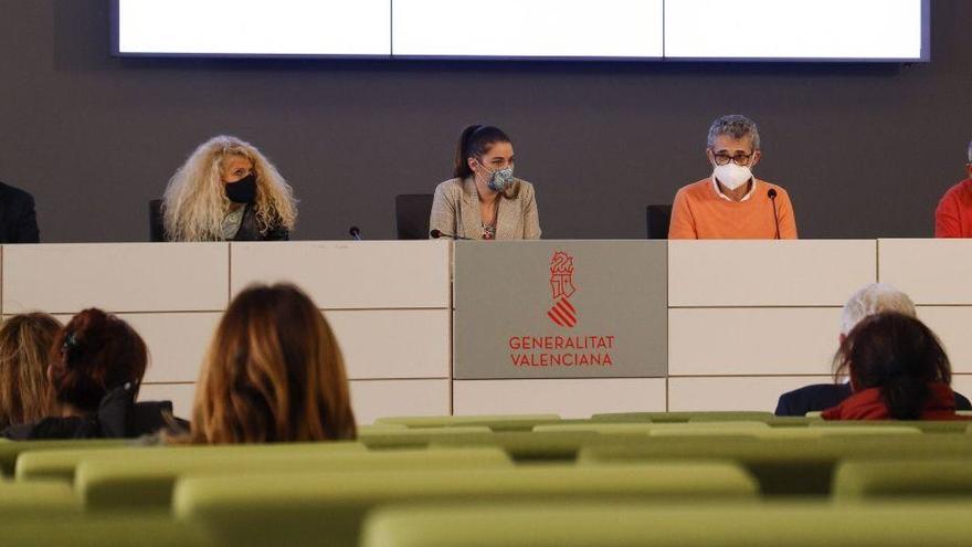 El sector citrícola firma el convenio tras desconvocar el paro