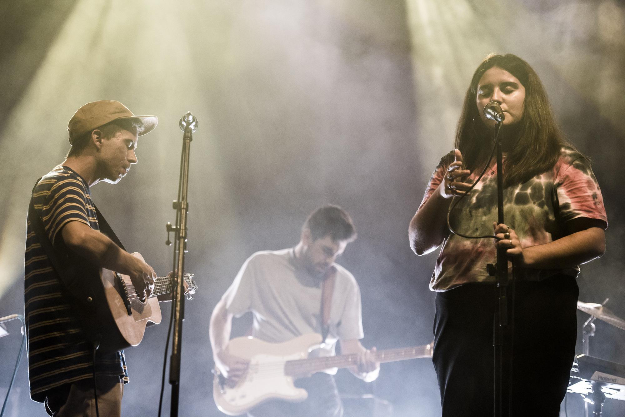 El FABA arrenca a la fàbrica de l'Anònima amb un triple concert Laura Serrat