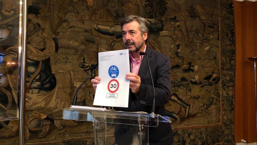 Desescalada: Córdoba tendrá 20 kilómetros de carriles que compartirán bicis, motos y patinetes con velocidad limitada a 30