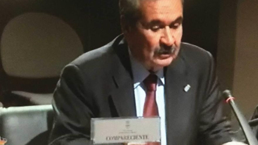 """El Gobierno analizará """"la validez"""" de los anónimos sobre la empresa del cable"""